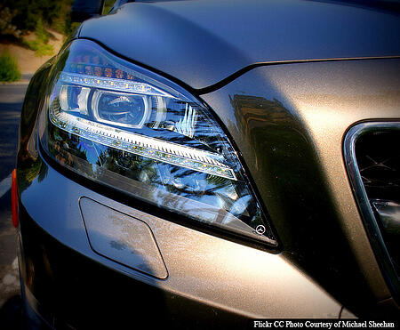 Advanced Vehicle Lighting That Functions Like The Human Eye